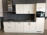 Hoogglans witte rechte keuken 300 cm (201)