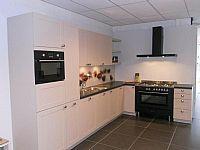 keuken met kaderfront