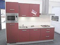 Rechte rode keuken