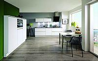 Rechte keuken+ kastenwand € 2.389