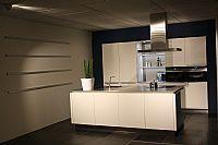 Eiland keuken hoogglans wit met Siemens apparatuur