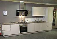 Greeploze mat grijze keuken