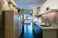 Moderne Robuuste keuken met handgemaakte details