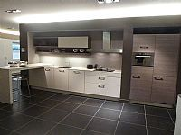 SieMatic  rechte keuken Grijs / Noten Titanium