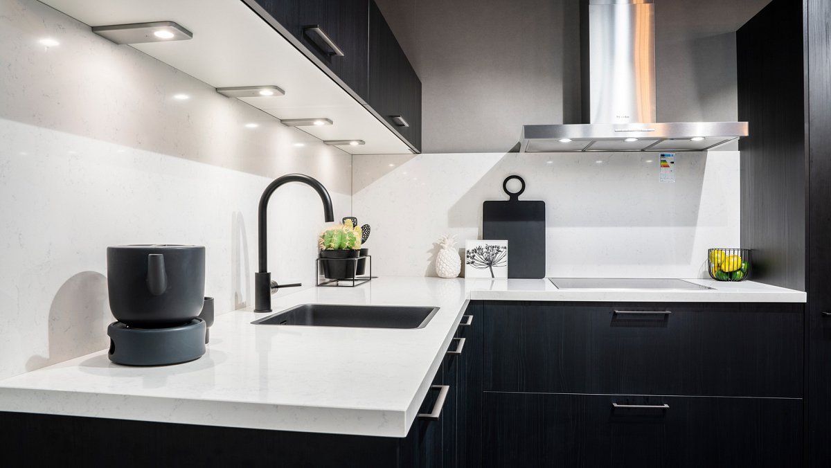 Eiken zwart hoek keuken
