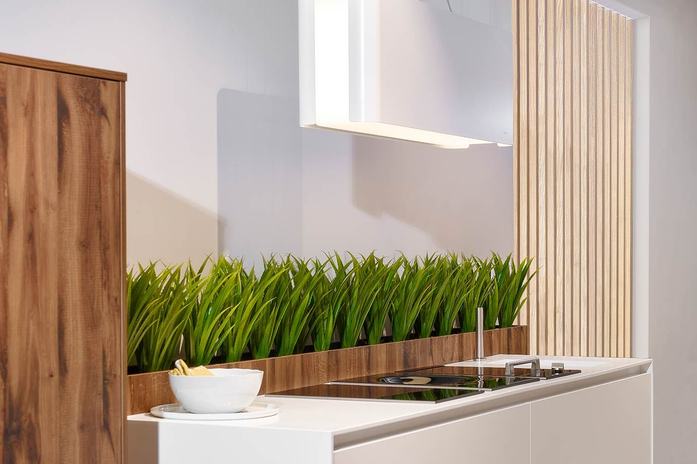 Luxe moderne keuken in parallelle opstelling