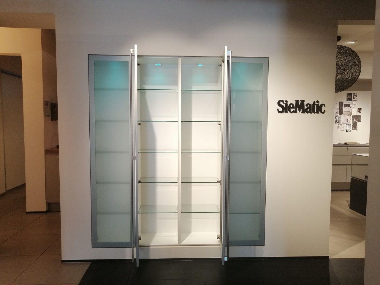 SieMatic vitrine