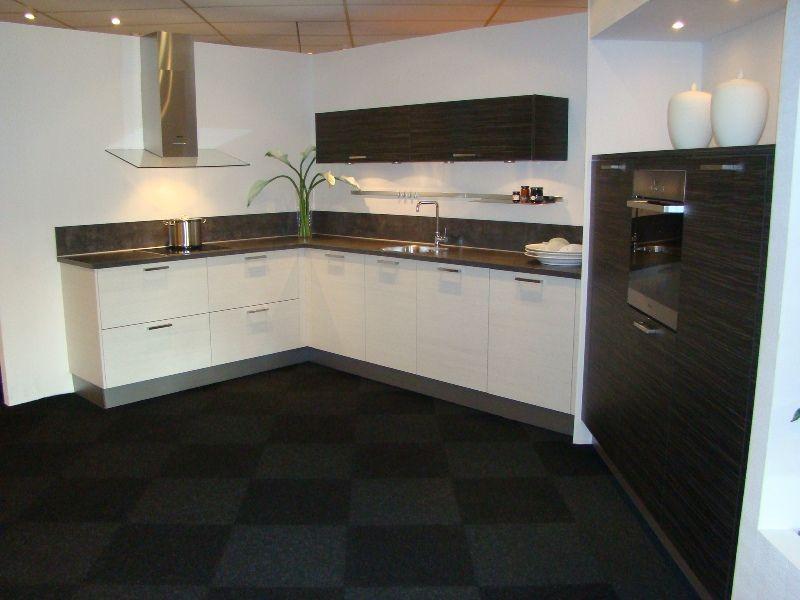 Keuken Zwart Wit : keukens voor zeer lage keuken prijzen Keuken wit met zwart voorzien