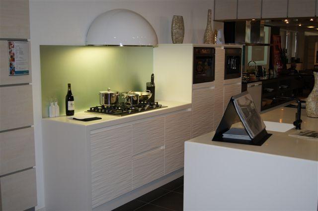 Keuken Eiland Modern : ... keuken prijzen Keller eiland keuken strak ...