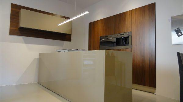Italiaans Design Keuken : Showroomkeukens alle showroomkeuken aanbiedingen uit nederland