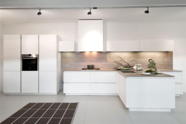Design Keukens Wit : Keukens voor zeer lage keuken prijzen t greeploos ...