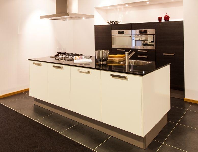 Keuken Eiken Werkblad : keuken prijzen Moderne eiland keuken met composieten werkblad [50720