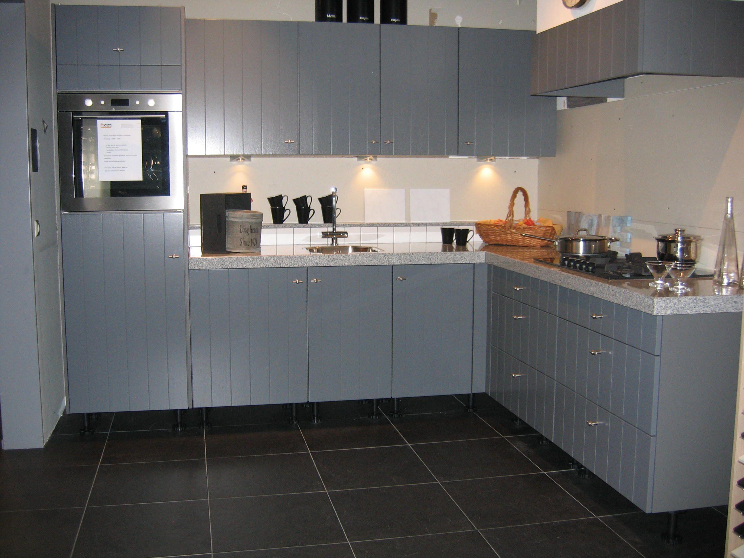 Keuken Met Schouw : keukens voor zeer lage keuken prijzen Landelijke houten keuken