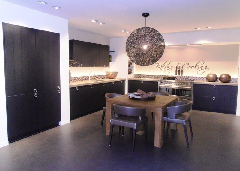 Keuken Eiken Zwart : Keukens hoek speciaal meubelen