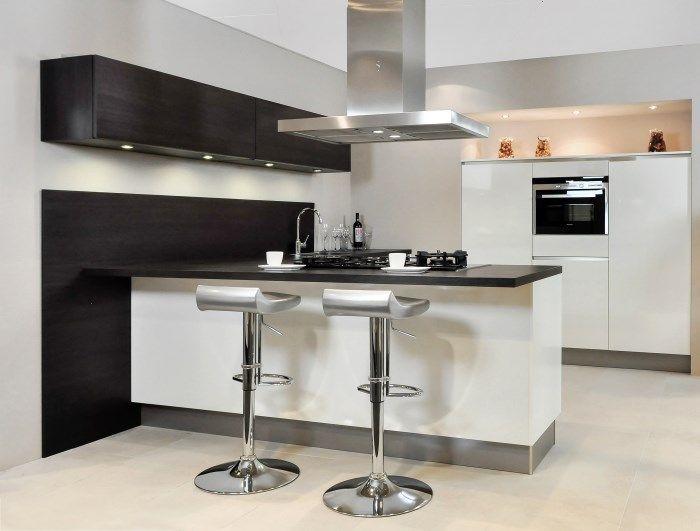 Modern Keuken Schiereiland : Moderne keukens incl foto s en prijzen db keukens