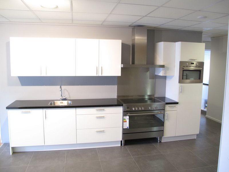 Moderne keukens showroom ~ consenza for .