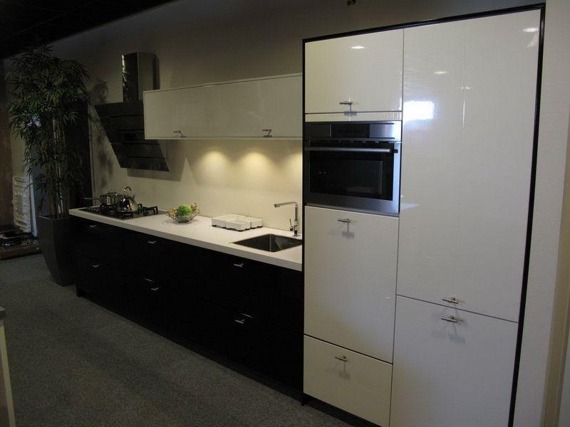 Keukens Aanbieding: Keukenkasten nederland witte keuken zwarte of ...
