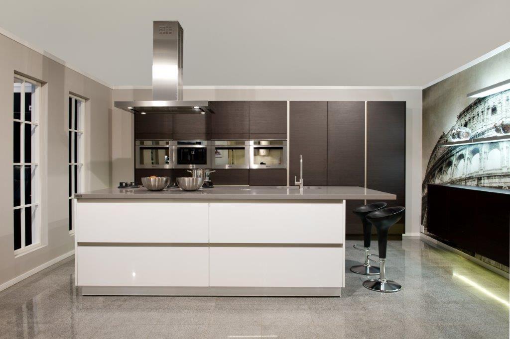 Keuken Afmeting Kookeiland : keukens voor zeer lage keuken prijzen Siematic BLX 32 [55816