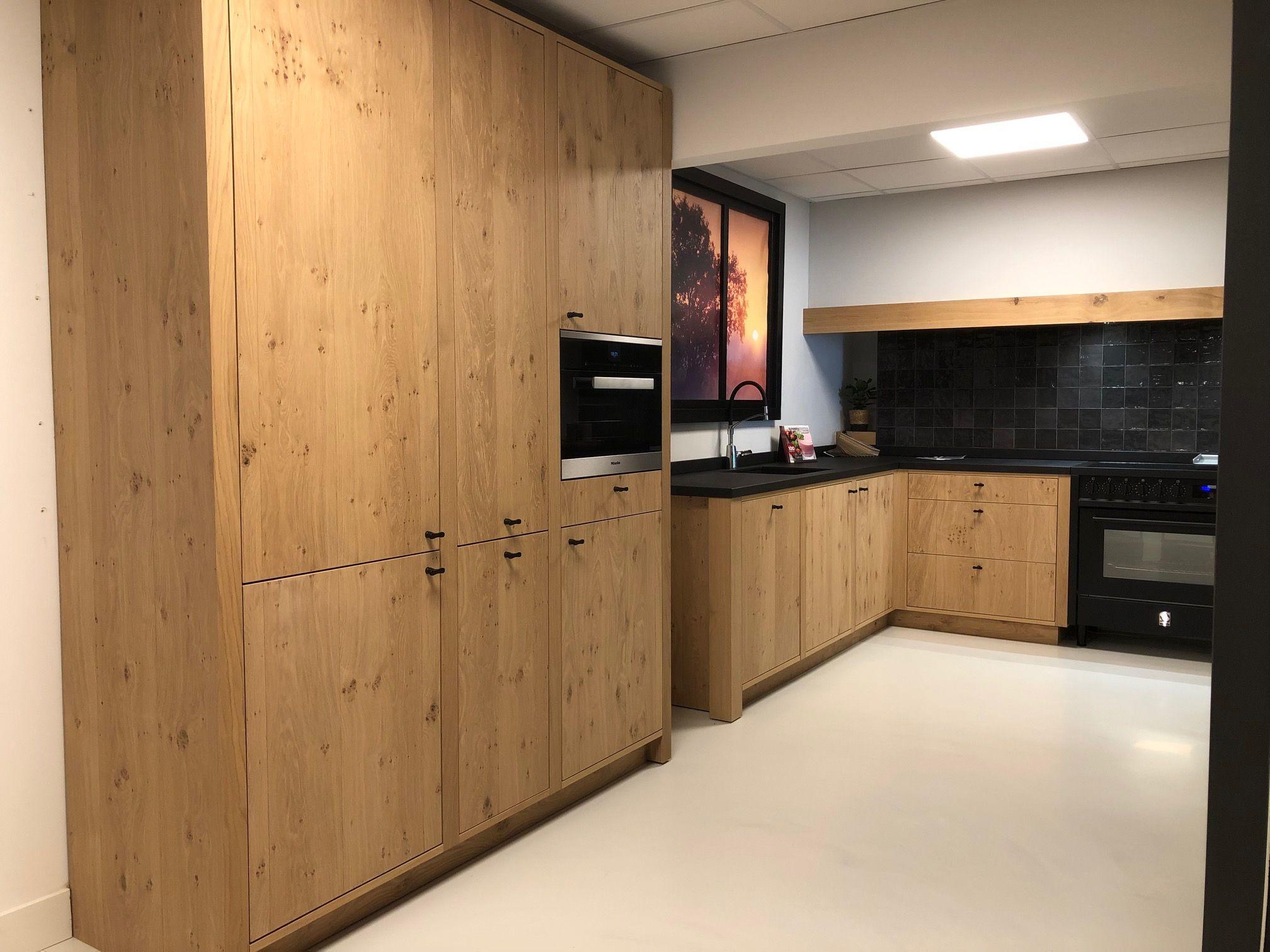 Handgemaakte keuken met Miele apparatuur